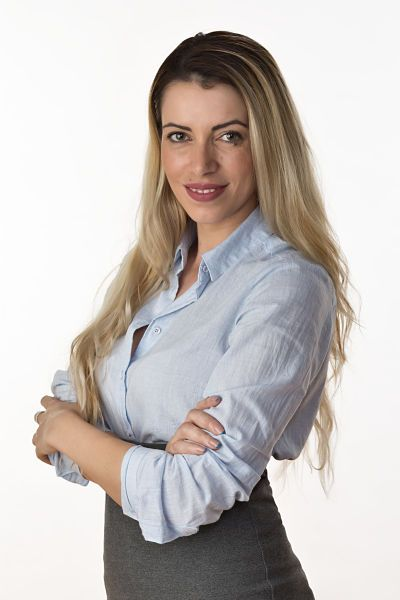 Julia Iliescu Agent Photo NVoga