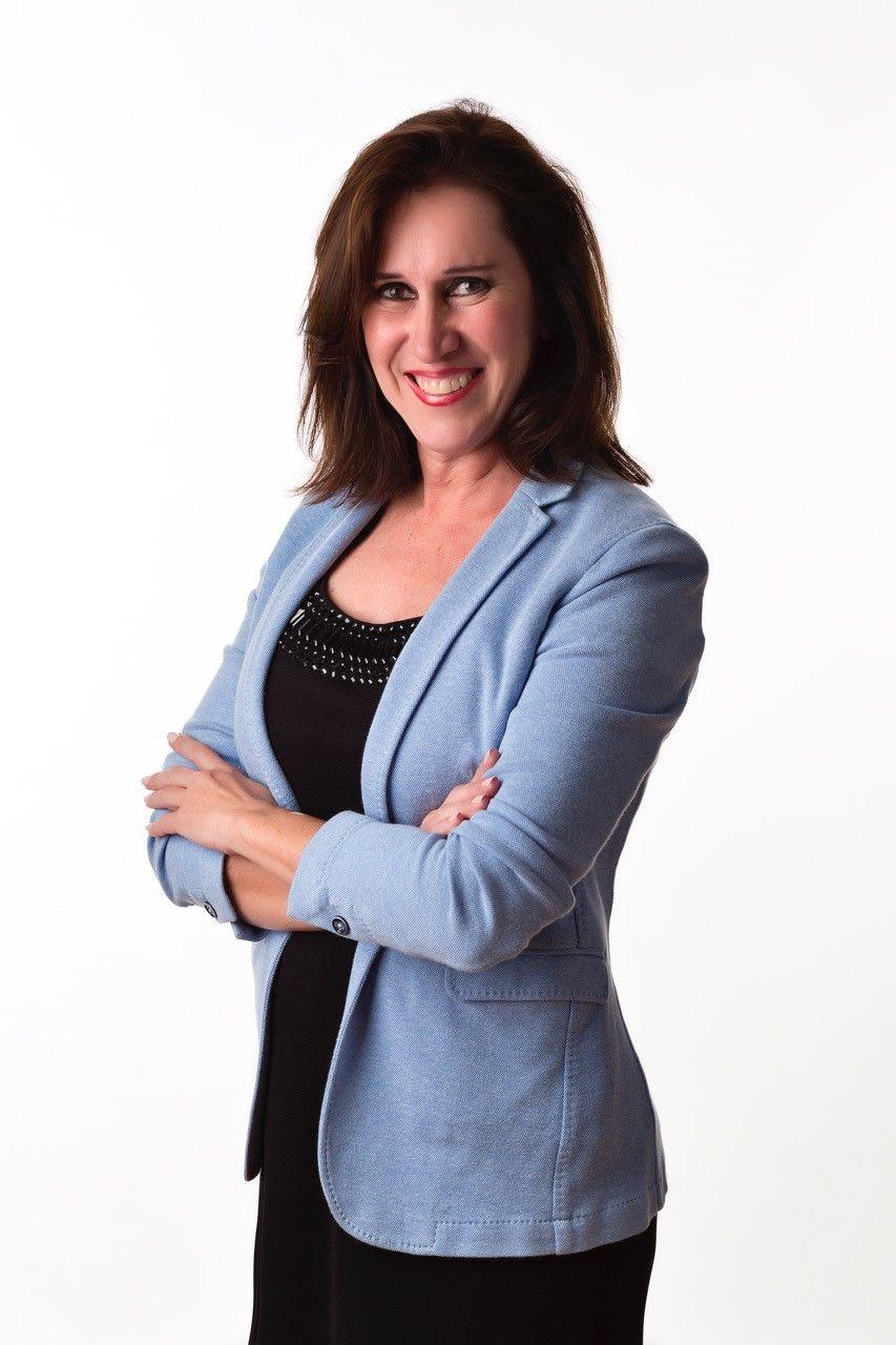 Silvia Pino Agent Photo NVoga